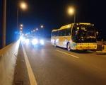 Cao tốc TP.HCM - Long Thành - Dầu Giây kẹt xe do xe khách chết máy