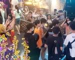 Khán giả sợ corona, ngán ra rạp nên một mùa phim tết buồn?