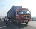 Cấm xe tải trọng lớn qua cầu Rạch Miễu