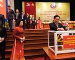 Hà Nội ủng hộ 7 tỉ đồng giúp 5 tỉnh miền Trung khắc phục lũ bão
