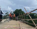 Cận cảnh cầu treo sông Giăng vụ ôtô tông xe máy rơi xuống sông, 5 người chết