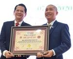 Ca mổ tách Trúc Nhi - Diệu Nhi nhận bằng Kỷ lục Việt Nam