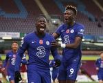 Premier League sáng 1-11: Chelsea đại thắng, Liverpool chiếm ngôi đầu bảng