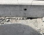 Cận cảnh sự cố rơi gối cao su tại tuyến metro số 1