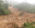 Sạt lở ở Quảng Ngãi, lũ bùn chảy như một dòng sông