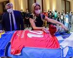 Điểm tin thể thao sáng 27-11: Người đàn ông mất việc vì chụp ảnh khoe khoang bên quan tài Maradona
