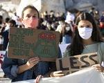 6 thanh thiếu niên kiện 33 nước châu Âu về biến đổi khí hậu
