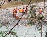 Tạm dừng tìm kiếm người mất tích ở Trà Leng để tránh bão số 10
