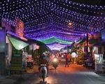 Xóm đạo Sài Gòn bắt đầu lên đèn chuẩn bị đón Giáng sinh