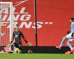 'Man đỏ' và 'Man xanh' bất phân thắng bại tại Old Trafford