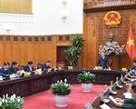 Việt Nam tìm mua vắc xin COVID-19 nhưng ưu tiên sản xuất trong nước