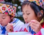 Ngày của Phở tại Bản Mà: 'Phở ngon quá, con ăn được 5 bát đấy cô ơi!'