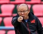 HLV Park Hang Seo phàn nàn về sân đấu của ĐTQG và U22 Việt Nam