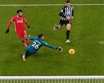 Dứt điểm kém, Liverpool bị Newcastle cầm chân