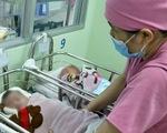 Thương lắm tiếng khóc bé thơ bị bỏ rơi ở bệnh viện