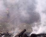 Đồng cỏ rộng hơn 1ha cạnh khu dân cư bốc cháy dữ dội