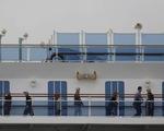 Thêm 70 người nhiễm COVID-19 trên du thuyền ở Nhật, Canada thuê máy bay rước về