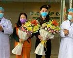 2 bệnh nhân COVID-19 cuối cùng ở Bệnh viện Bệnh nhiệt đới trung ương ra viện