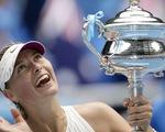 Sharapova mang đi tình yêu và sự thù ghét, để lại những tranh cãi
