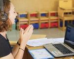 Học trực tuyến mùa dịch COVID-19: học thôi có đủ?