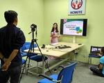 Nhiều trường chuyển qua dạy trực tuyến, từ xa phòng virus corona