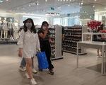 Nhiều điểm vui chơi, mua sắm ở TP. HCM vắng vẻ giữa dịch corona