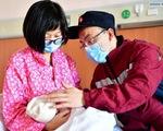 Rơi nước mắt với những hi sinh thầm lặng của y bác sĩ tại Vũ Hán