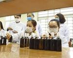 Trường đại học Hàng hải điều chế 20.000 chai nước rửa tay cho cán bộ, sinh viên