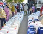 Chia sẻ nước cho dân vùng hạn mặn