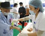 Hai bệnh nhân COVID-19 diễn biến nặng, Bộ Y tế khuyến cáo người cao tuổi