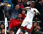 Thắng thuyết phục trận Siêu kinh điển, Real trở lại đỉnh bảng La Liga