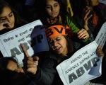 Ấn Độ treo cổ 4 tên cưỡng hiếp tập thể, giết chết cô gái trên xe buýt