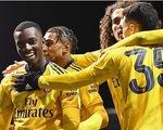 Thắng Portsmouth 2-0, Arsenal giành vé vào tứ kết cúp FA
