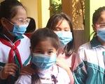 TP.HCM lấy ý kiến phụ huynh về việc học sinh đeo khẩu trang khi đi học