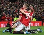 Man Utd hạ gục Man City, đưa Liverpool áp sát ngôi vô địch