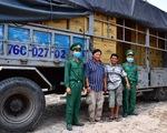 Bắt xe tải chở lậu 527.000 khẩu trang y tế
