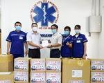 Báo Tuổi Trẻ trao nhiều trang thiết bị y tế cho Trung tâm cấp cứu 115 TP.HCM
