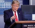 Ông Trump gây sốc khi tuyên bố quyền hành