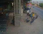 Làm rõ clip nhóm thanh niên đánh nhau với 4 công an xã, có nổ súng chỉ thiên