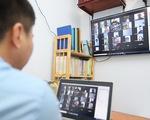 Zoom lộ thông tin người dùng, giáo viên trở về dạy online... truyền thống