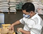 Ngày đầu hoạt động, 'ATM gạo' Thủ Đức đã có 45 tấn gạo