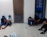 22 người thuê chung cư, đóng kín cửa để đánh bạc
