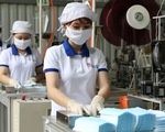 Sản xuất 13 triệu khẩu trang/ngày nhưng không xuất khẩu được vì vướng quy định