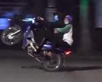 Quái xế bốc đầu, đua xe quanh hồ Hoàn Kiếm ngay trong đêm cách ly