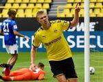 Dortmund đại thắng Schalke ngày Giải vô địch Đức trở lại