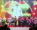 Cuộc đời và sự nghiệp Chủ tịch Hồ Chí Minh là một bản anh hùng ca