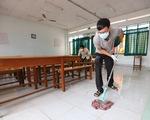 Nhà trường, phụ huynh TP.HCM, Hà Nội cùng dọn vệ sinh chuẩn bị đón học sinh trở lại