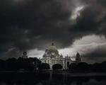 Dịch COVID-19 chưa qua, Ấn Độ, Bangladesh phải sơ tán hàng triệu dân vì siêu bão