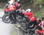 Nhiều tay đua té ngã trên đèo Le