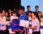Trao 211 suất học bổng 'Tiếp sức đến trường' khu vực Đông Nam bộ